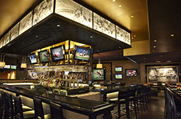 Ozzie's Sports Bar & Grill